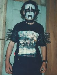 Brazilian guitarist Roberto de Almeida, known for his work with Imperium Tenebrae, Impiedoso and Luciferiano, committed suicide.